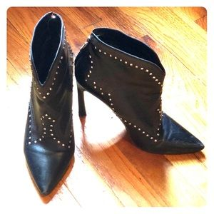 Sigerson Morrison heeled bootie size 8